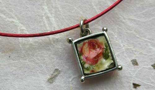 rose_box_pendant